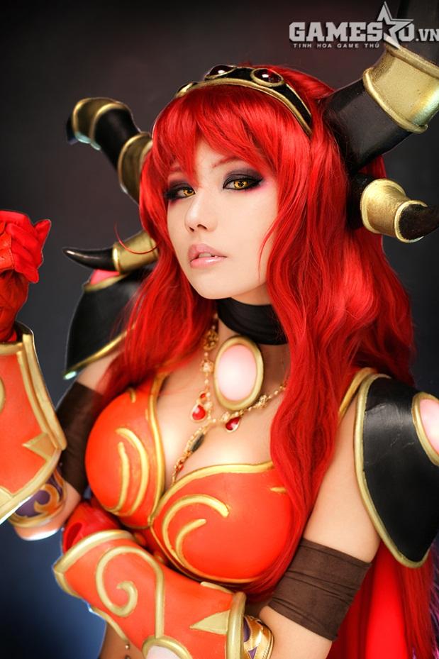 Cosplay War Warcraft của thành viên Tasha