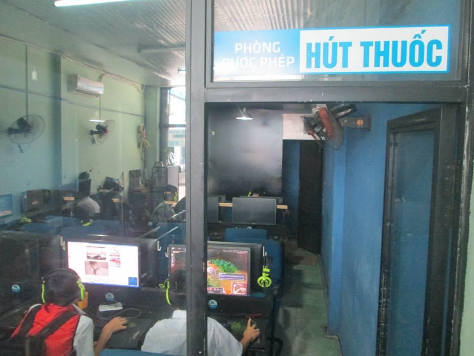 Không phải tiệm Net nào cũng phân thành 2 khu riêng biệt: hút thuốc và không hút thuốc