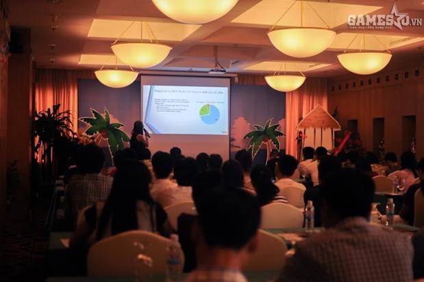 Bà Vũ Hương Giang – Giám đốc Marketing WikiMobi giới thiệu về dự án
