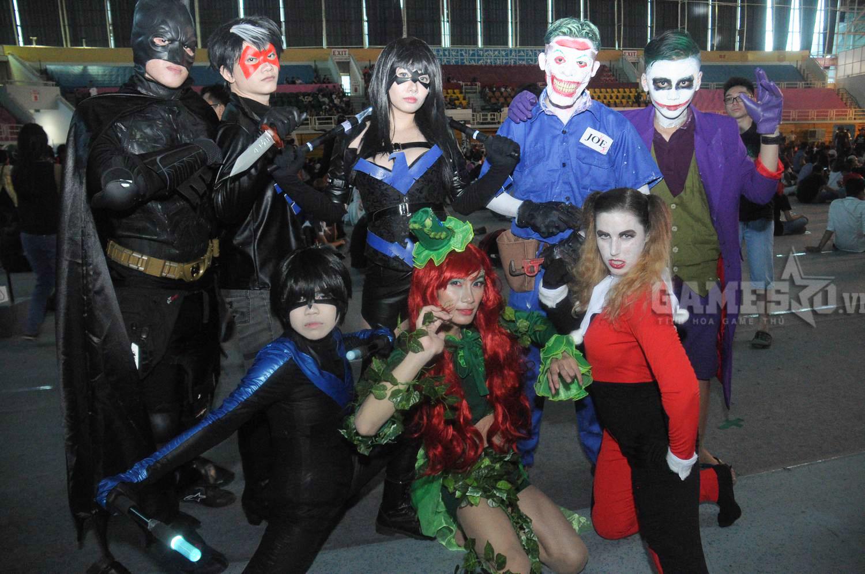 Gia đình DC cũng góp mặt tại lễ hội