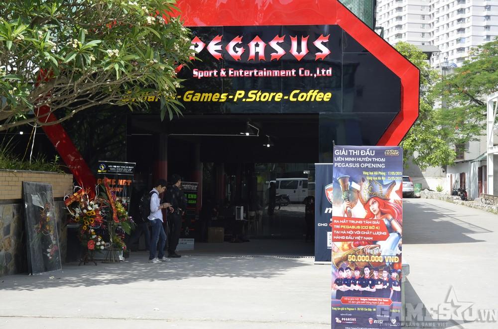 Pegasus được coi như tổ hợp giải trí dành cho game thủ với 3 mảng chính: Billiards (bi-a), Games, Coffee. Riêng P.Store là một dự án quà tặng cực kỳ hấp dẫn mà Pegasus đang ấp ủ và hoàn thiện trước khi chính thức ra mắt.