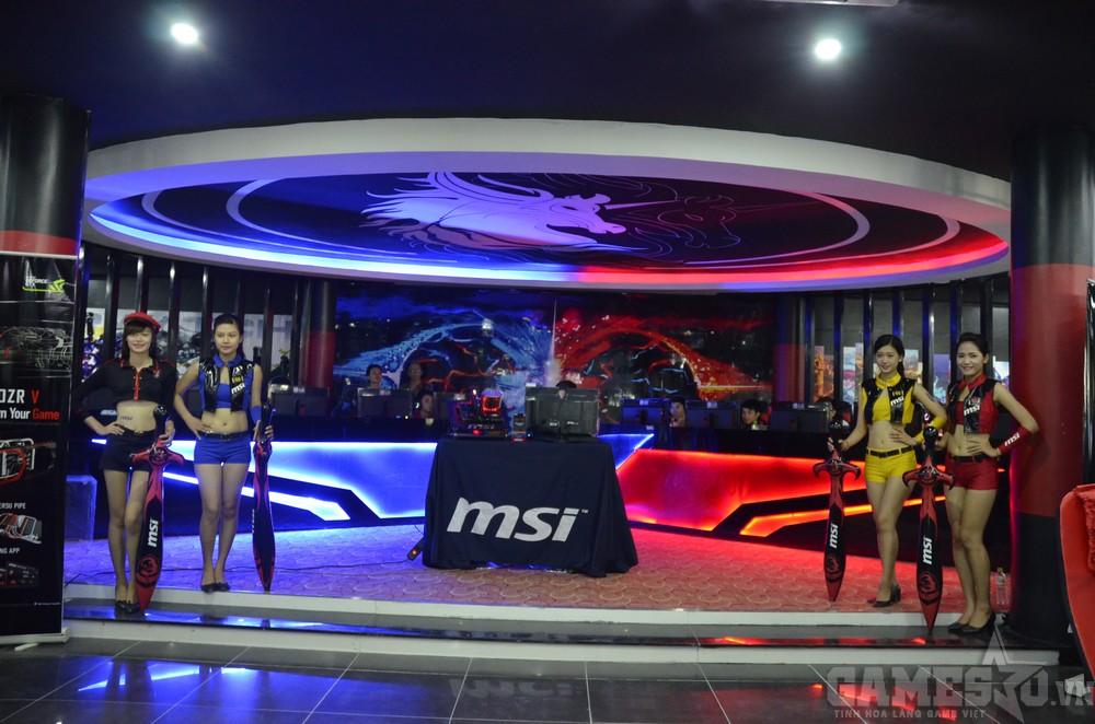 Khu vực máy VIP và là nơi Saigon Fantastic Five và An Phát Ultimate thi đấu giao hữu