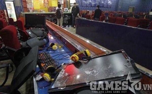 Thua LMHT vì máy 'lởm', game thủ đập nát quán net