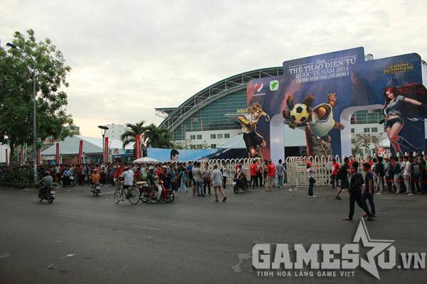 Giải đấu Thể thao Điện tử Quốc tế Mùa Xuân 2014 được tổ chức tại địa điểm nhà thi đấu Phú Thọ – TP HCM