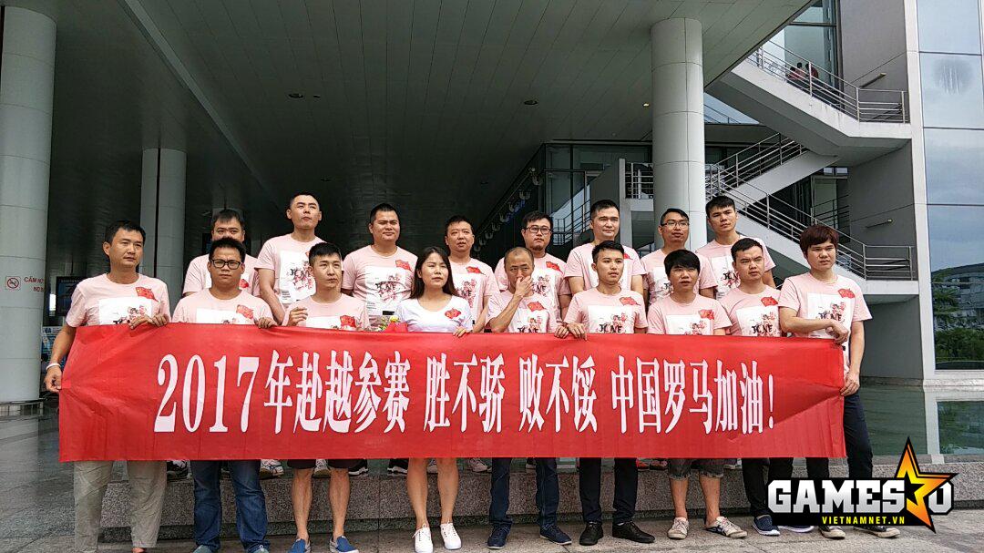"""Đoàn AoE Trung Quốc với khẩu hiệu """"Thắng không kiêu, bại không nản"""" sẽ lên đường ra sân bay trở về nước vào ngày mai (08/7)"""