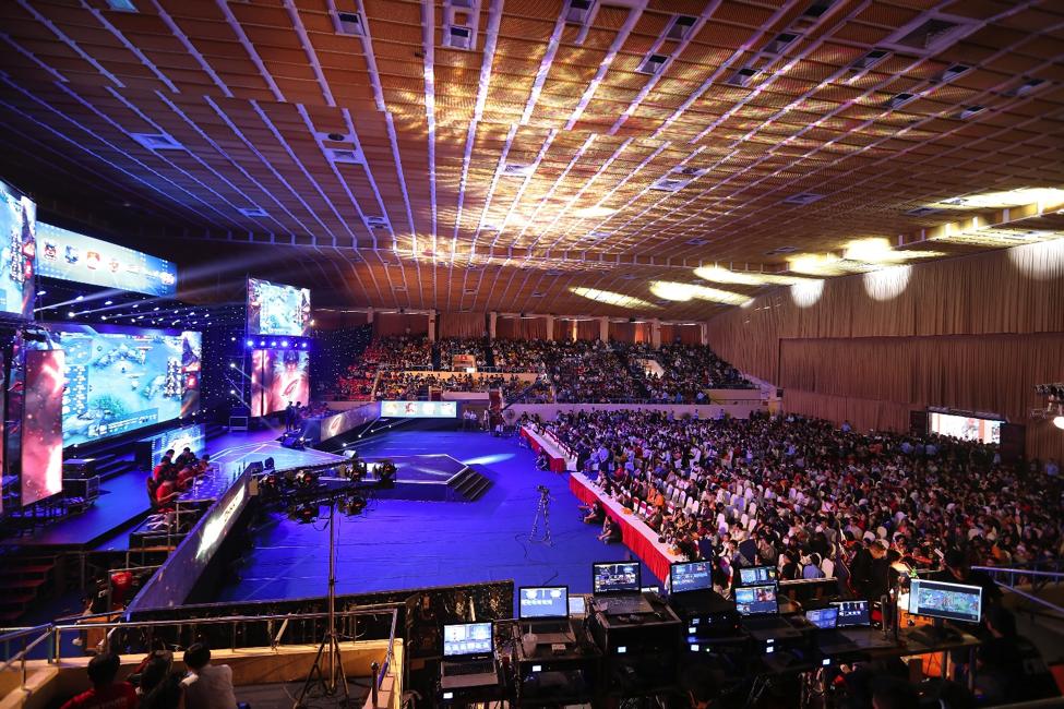 Hình ảnh Sân khấu chật kín khán giả tại Đại Hội 360mobi 2018