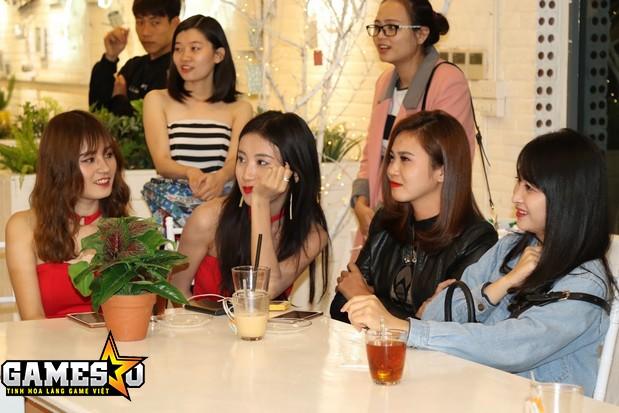 Các Idol của CQBN có mặt tại buổi offline