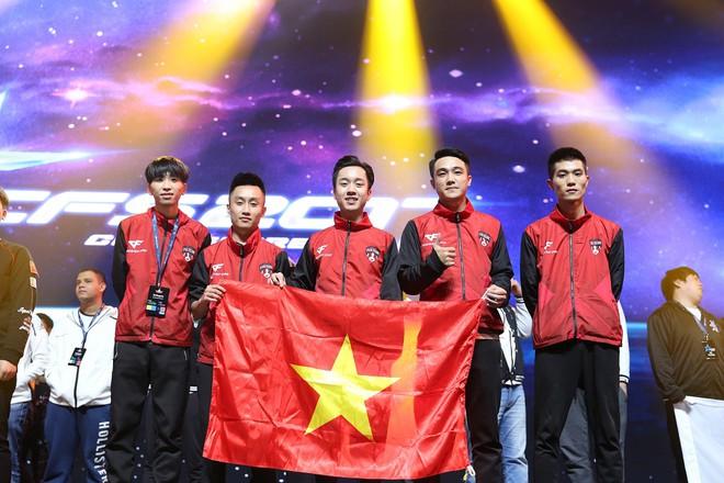 EVA Team đại diện Đột Kích Việt Nam đoạt Á quân CFS 2017