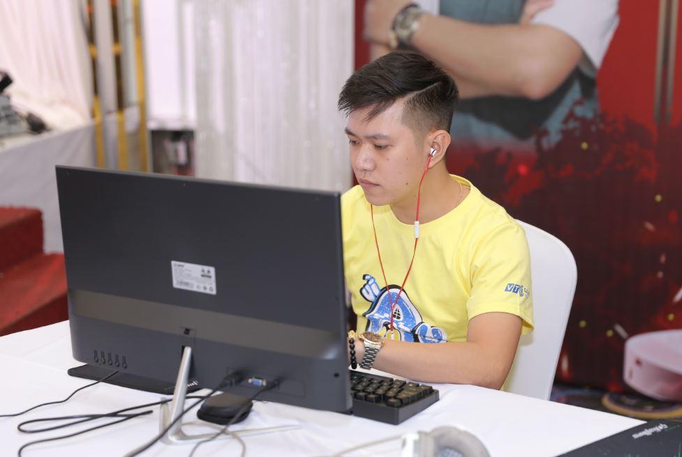 Phan Kế Lâm - hot boy đến từ Đà Nẵng đã chiếm trọn trái tim của bao người con gái Hà Nội