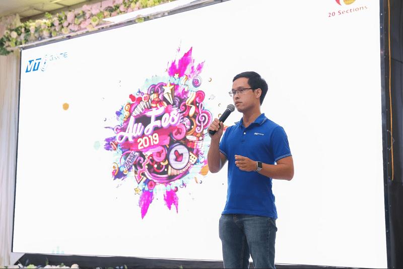 Tại đầu cầu Hà Nội, anh Nguyễn Hùng Cương đã gửi lời tri ân đến toàn bộ game thủ tham gia, đồng thời tiết lộ những update mới của Audition và Au2! Trong thời gian tới.