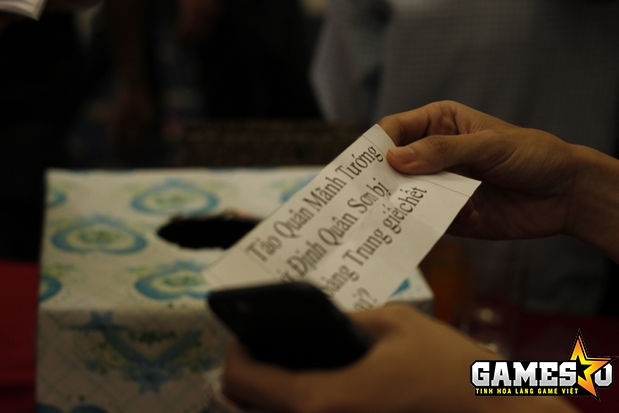 Một mini-game trả lời câu hỏi liên quan tới chủ đề Tam Quốc tại gian hàng Tam Quốc GO