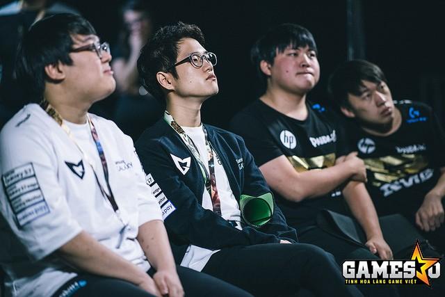 RNG xếp sau Samsung ở Bảng D trước khi vòng Tứ kết diễn ra