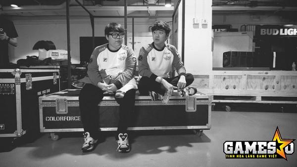 Bất chấp có quá nhiều áp lực đến từ mọi phía, bộ đôi đường dưới của SKT vẫn đang đóng góp nhiều vào thành công của đội tuyển LMHT vĩ đại nhất lịch sử