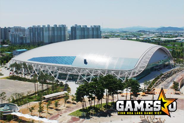 Bên ngoài Nhà thi đấu Phức hợp Goyang Sports Complex, nơi tổ chức giải đấu IEM Gyeonggi Mùa XI
