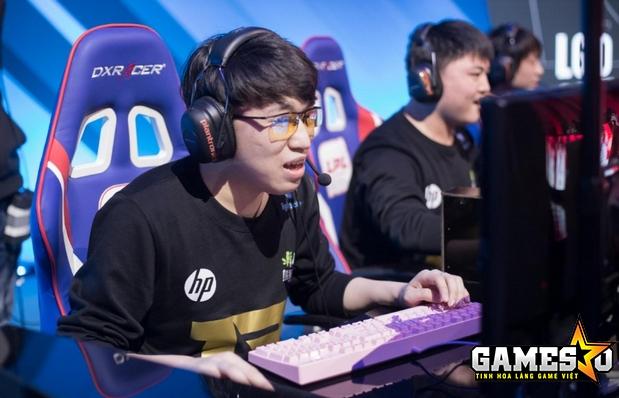 Xiaohu và đồng đội tại RNG đã chấm dứt hành trình bảo vệ chức vô địch LPL của EDG