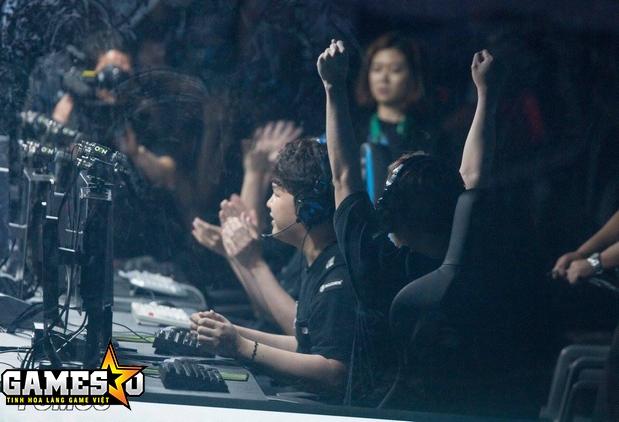 Khoảnh khắc Longzhu chính thức vượt qua SKT sau bốn ván đấu