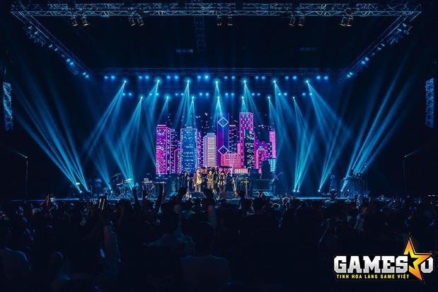 Muang Thai GMM Live House, nằm tại tầng 8 trung tâm mua sắm Central World, là địa điểm tổ chức GPL Mùa Hè 2017
