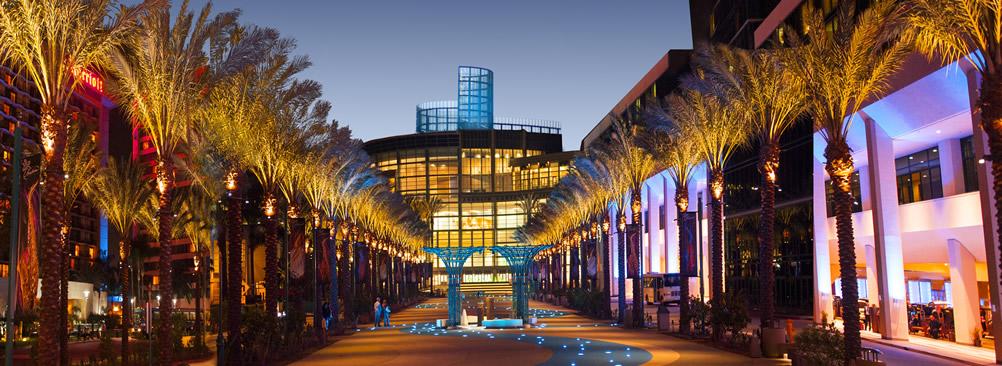 Anaheim Convention Center còn là địa điểm tổ chức của nhiều sự kiện lớn như WonderCon hay ComicCon