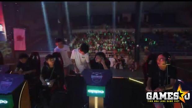 Chắc chắn sức chứa tối đa khoảng 5000 chỗ ngồi tại Nhà thi đấu Nguyễn Du (TP.HCM) đã không được khán giả lấp đầy