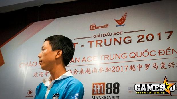 Tuy nhiên, BiBI vẫn là 1/3 game thủ AoE Việt Nam được đoàn Trung Quốc đánh giá rất cao, cùng với Chim Sẻ Đi Nắng và Hồng Anh