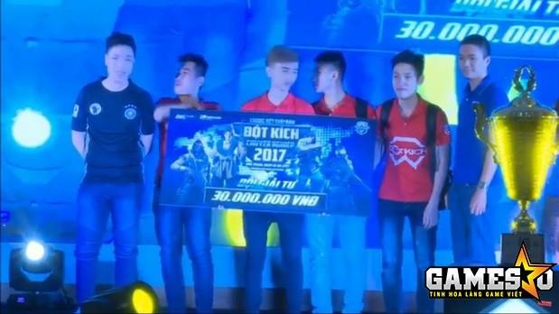 Born Evil giành hạng tư chung cuộc tại CFEL 2017 S1 ở lần đầu tiên tham dự