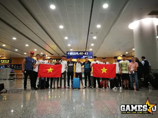 Đoàn Việt Nam tham dự CFMAI 2017 đã đáp xuống sân bay Thượng Hải vào sáng hôm qua (01/8)