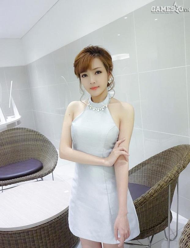 Bít Tết - Cô nàng admin xinh đẹp khiến cộng đồng game thủ xao xuyến - ảnh 6