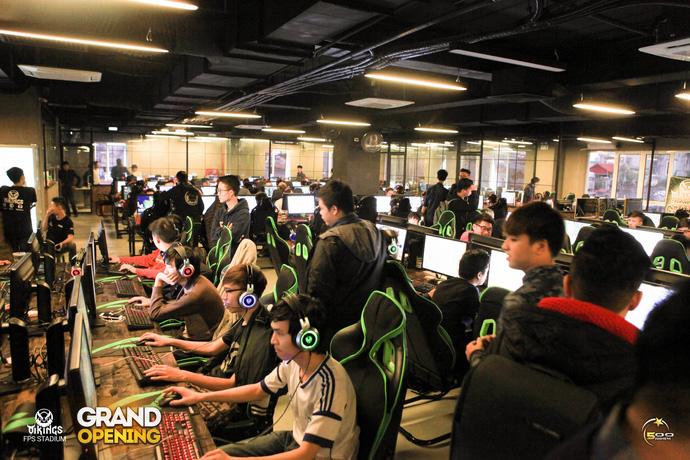 Choáng với độ hoành tráng của tổ hợp quán game 250 máy: Vikings FPS Stadium - ảnh 1