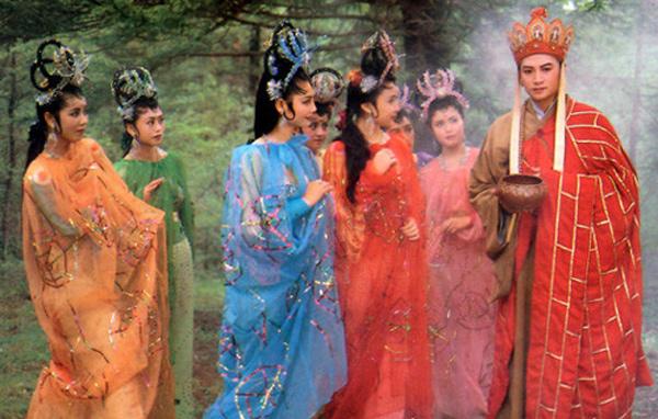 """Tuy là yêu quái, nhưng 7 chị em lại bị Đường Tăng """"hớp hồn"""""""