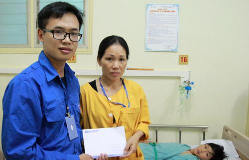 Game thủ dành 200 triệu làm từ thiện tại Việt Nam