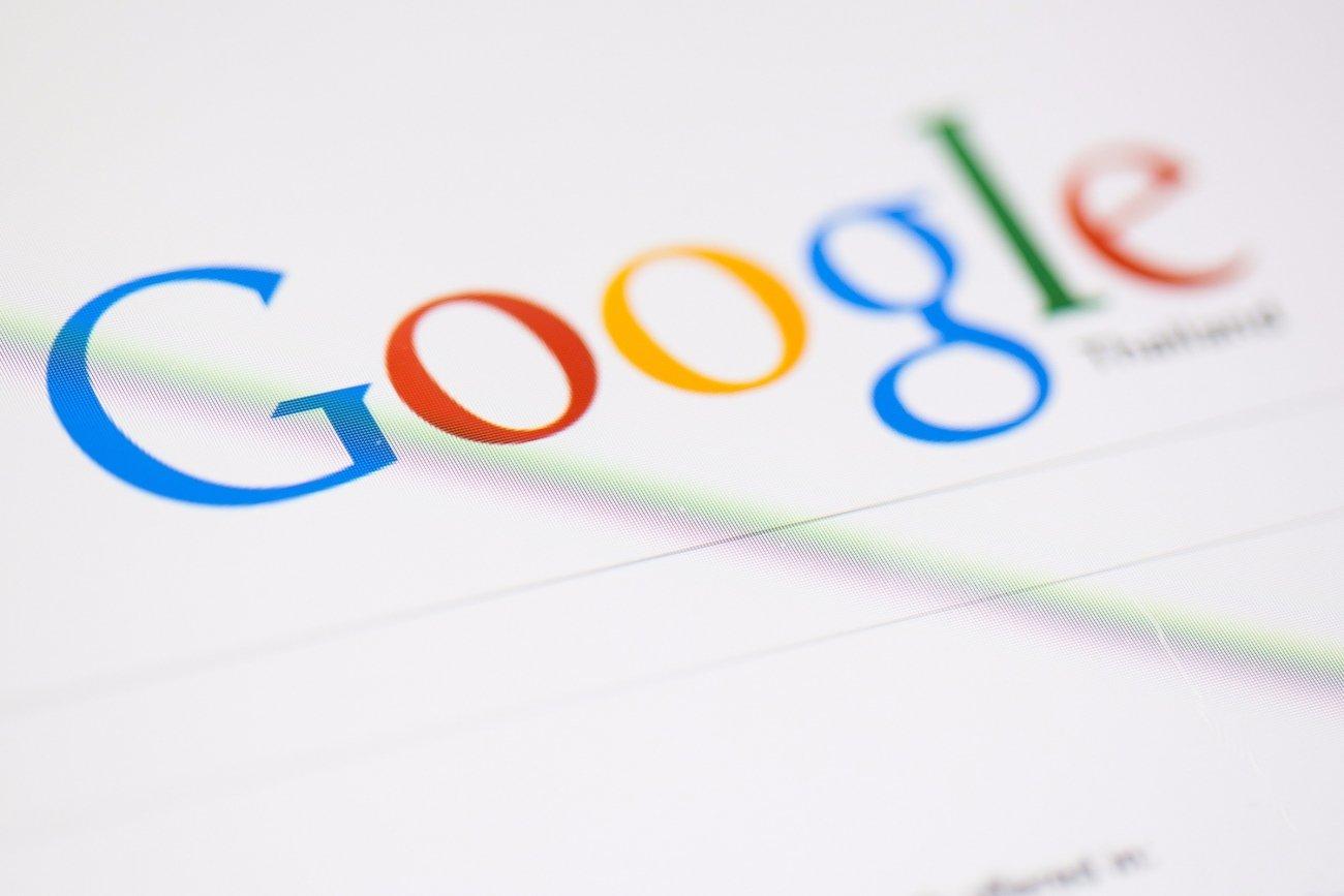 Google học tập Facebook và Instagram, thử nghiệm tính năng tự chạy video ngay trên kết quả tìm kiếm