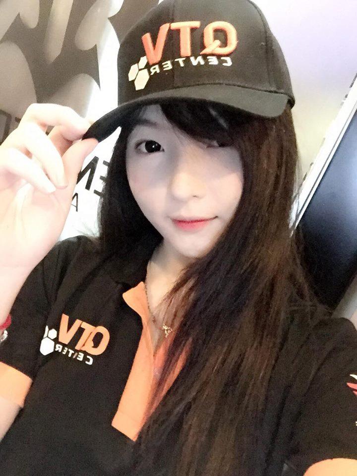 Hé lộ mức lương nữ nhân viên xinh đẹp của QTV Center nhận được sau tháng đầu tiên
