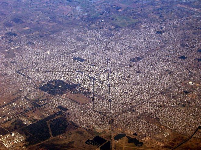 Đây là thành phố ngăn nắp nhất Trái Đất này, hãy nhìn ảnh chụp từ vệ tinh, bạn sẽ không tin nổi vào mắt mình