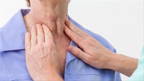 6 thói quen khiến người Việt dễ mắc ung thư vòm họng