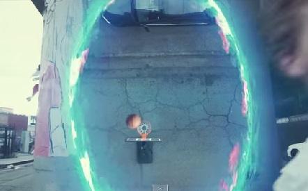 Ngạc nhiên với khả năng chơi bóng rổ bằng súng Portal Gun
