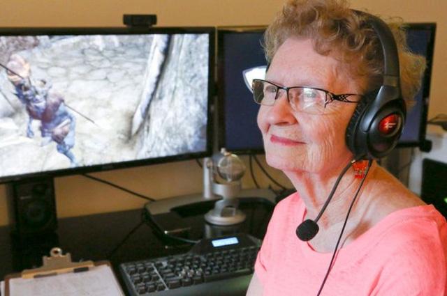 Lắng nghe câu chuyện nổi tiếng về cụ bà 80 tuổi chơi game trở thành Youtuber nổi tiếng