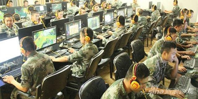 Trung Quốc cho mở quán Internet Cafe trong quân đội